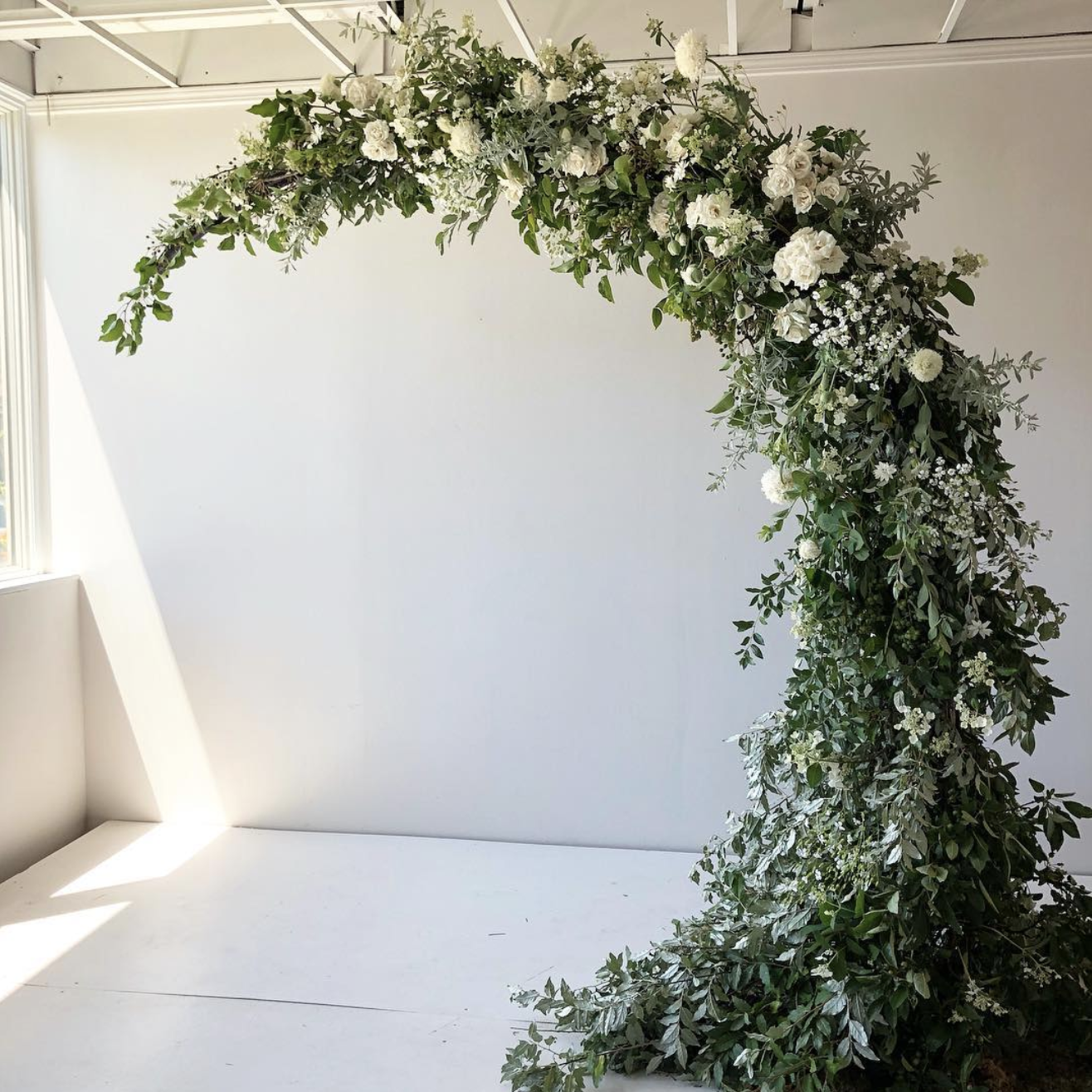 Flower Arch For Wedding: 10 Best Wedding Arch Styles Of All Time