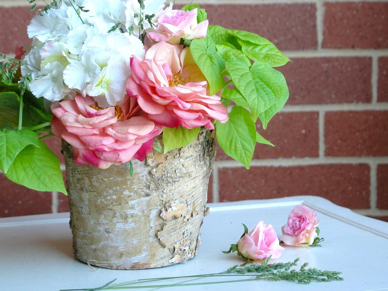 12 Gorgeous Floral Arrangements For Your Wedding