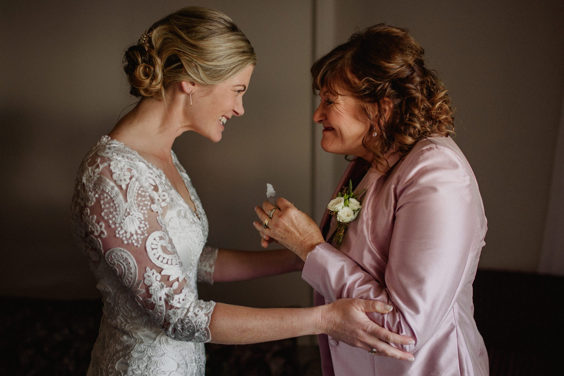 wedding, day, morning, bride, mother, mom, daughter, happy, photography