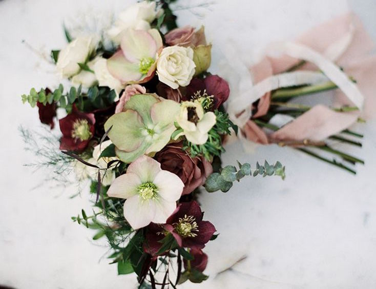 helleborus, winter, rose, floral, florist, seasonal, season, list, guide, autumn, summer, spring, wedding, bouquet