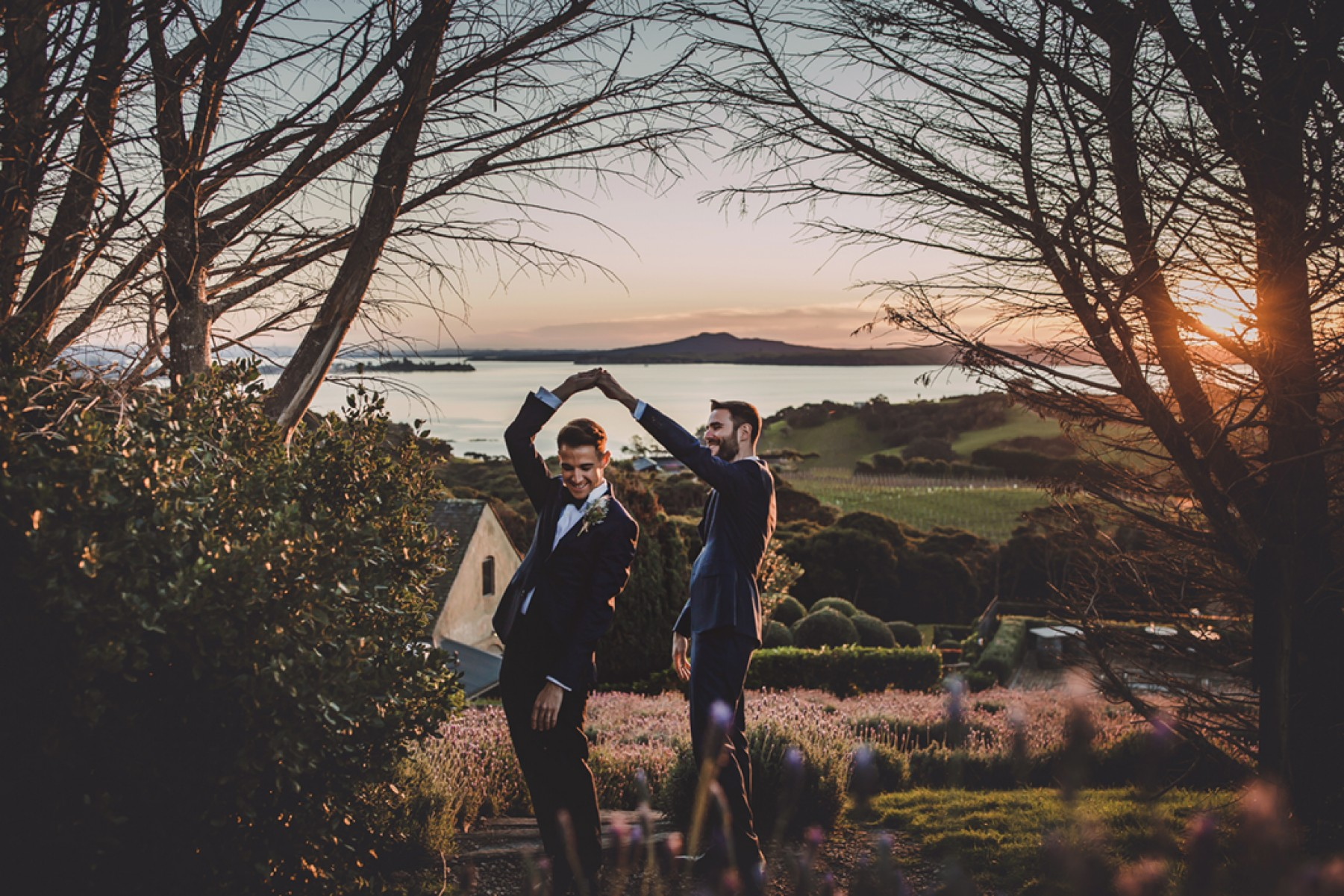 Golden Hour - The Best Time of Day for Wedding Photos